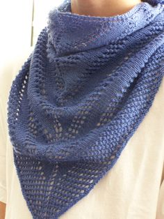 Easy Peazy Scarf/Shawlette By Megan Delorme - Free Knitted Pattern - (ravelry)