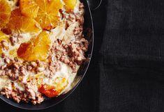 Schokomilchreis mit Karamellorangen Orange, Snacks, Chili, Sweet Tooth, Soup, Desserts, Ethnic Recipes, Caramel, Easy Meals