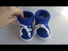 Baby Booties, Baby Shoes, Slippers, Booty, Youtube, Kids, Clothes, Fashion, Breien