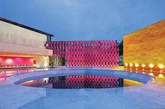 死ぬまでに一度は泊まってみたい世界のホテル50選 Camino Realmexico Citymexico