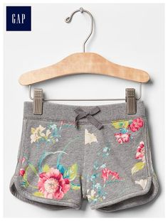 Shop Gap for cute and comfortable toddler clothes everyone loves. Choose little girl clothes featuring adorable styles and practical designs that she will love to wear. Trendy Toddler Girl Clothes, Toddler Girl Outfits, Toddler Dress, Baby Boy Fashion, Toddler Fashion, Kids Fashion, Toddler Beach, Toddler Swimsuits, Baby Bikini