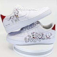 Cute Nike Shoes, Cute Nikes, Jordan Shoes Girls, Girls Shoes, Mode Converse, Swag Shoes, Nike Shoes Air Force, Disney Shoes, Aesthetic Shoes