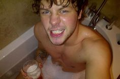 oh i'm a joke but Jay McGuinness - The Wanted, yes