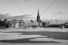 Winter in Stockholm - b/w - Wall Mural & Photo Wallpaper - Photowall