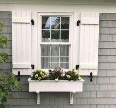 31 Ideas For Exterior House Colors Cottage Shutters Cottage Shutters, Farmhouse Shutters, Cottage Exterior, House Paint Exterior, Exterior House Colors, Grey Siding House, Outdoor House Colors, Outside House Colors, Cottage Windows