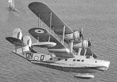 The Supermarine Stranraer was a flying boat used by the RAF and RCAF. Float Plane, Flying Boat, Ww2 Aircraft, Amphibians, Zeppelin, Military Vehicles, Vintage Cars, Fighter Jets, Aviation