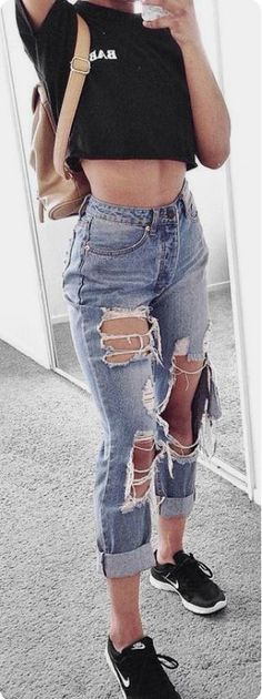 The best collection of Great Street Style Summer Outfits Ideas Cute Casual Outfits, Simple Outfits, Look Jean, Trendy Swimwear, Street Style, Fashion Outfits, Fashion Trends, Denim Outfits, Denim Dresses