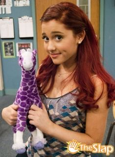 Ariana Grande (plays Cat) from Victorious, and Sam and Cat Victorious Cat, Victorious Nickelodeon, Icarly And Victorious, Cat Valentine Victorious, Victorious Actors, Ariana Grande Cat, Hollywood Arts, Bae, Sam And Cat