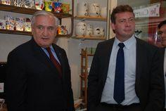 L'ancien premier ministre Jean Pierre Raffarin et Renaud Beretti premier adjoint au maire d'Aix-les-Bains