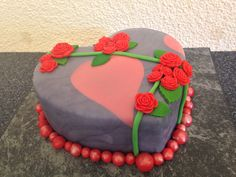 Romantisch Birthday Cake, Desserts, Food, Pies, Tailgate Desserts, Birthday Cakes, Postres, Deserts, Essen