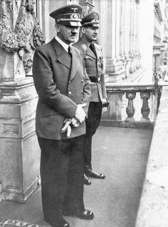 Adolf Hitler and Baldur von Schirach in the hotel Imperial,Wien 1941