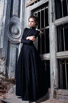 everythingasoiaf: Gown for Barbrey Dustin Bella Potemkina Fall 2015 Vintage Dresses, Vintage Outfits, Vintage Fashion, Dress Outfits, Cool Outfits, Fashion Dresses, Pretty Dresses, Beautiful Dresses, Mädchen In Uniform