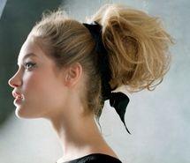 Messy Updo. This is soo pretty!!!