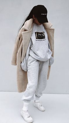 fall outfits 2019 trends : Visit for more womens athleisure outfits, summer athletic fashion, spring sports style inspo, cheap workout clothes sale, affordable Legging Outfits, Socks Outfit, Leggings Outfit Fall, Athleisure Outfits, Outfits With Sweatpants, Sweatshirt Outfit, Sweats Outfit, Adidas Outfit, Winter Leggings