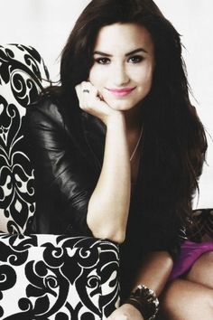 Demi Lovato #neonlights