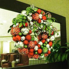 I love this Christmas ornament wreath!