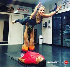 #Repost @epc.trainer @powerclubpanama  Volar nunca había sido tan seguro y divertido...sigo aprendiendo gracias  @darkjunier #noesfacil #NoPainNoGain #acroyogafun #yoga #yogafitness #corepower #acroyoga_brasil #acroyoga #lovepilates #CorePower #Pilates #pilatesday #fitness #yogafit #YoEntrenoEnPowerClub