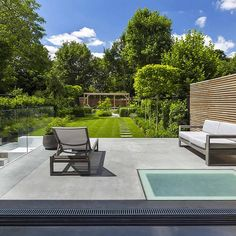 Contemporary Garden Shelley Hugh-Jones Garden Design Built by Garden Builders