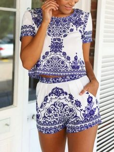 Blue Tile Print Short Sleeve Crop Top With Shorts |elegant women summer perfect two-piece suits outfits!