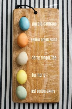 Pretty Real: How to Make Earthy Toned Naturally Dyed Easter Eggs Easter Egg Dye, Hoppy Easter, Brown Eggs, Purple Cabbage, Smell Good, Easter Ideas, Fun Activities, Earthy, Mason Jars