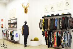 Delimbo Shop & Gallery deer sevilla