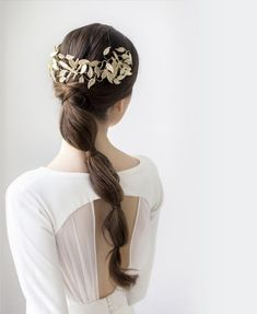 60 gorgeous wedding hairstyles for Its all about the hair! Image: 13 60 gorgeous wedding hairstyles for Its all about the hair! Wedding Hairstyles Half Up Half Down, Wedding Hairstyles With Veil, Loose Hairstyles, Bride Hairstyles, Front Hair Styles, Medium Hair Styles, Curly Hair Styles, Hair Medium, Hair Front