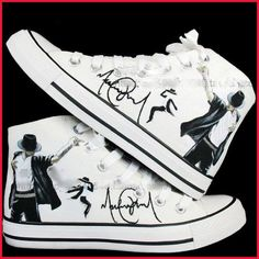 Michael Jackson shoes Hand-painted converse all star Shoes sneaker in memory of king of pop. I would die to have these! Michael Jackson Shoes, Michael Jordan, Balenciaga Shoes, Chanel Shoes, Manolo Blahnik, Converse Sneakers, Adidas Shoes, Converse Style, Vans Shoes