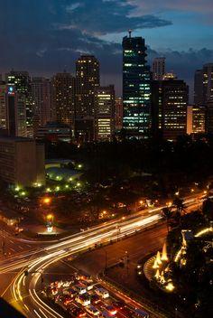 Cidade Makati, Manila   Filipinas (por Didier Baertschiger )