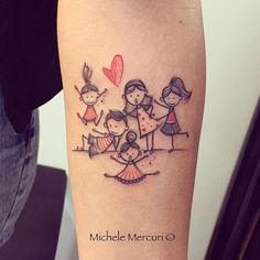 Mutterschaft Tattoos, Mommy Tattoos, Sibling Tattoos, Tattoos For Kids, Family Tattoos, Tattoos For Daughters, Line Tattoos, Couple Tattoos, Future Tattoos