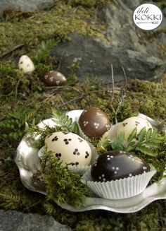 Easter Chocolate, Homemade Chocolate, My Recipes, Easter Eggs, Finland, Breakfast, Food, Morning Coffee, Essen
