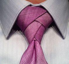 結婚式にも使えるオシャレなネクタイの結び方!いつもと違うカジュアルでカッコイイ締め方と種類 : とざなぼニュース