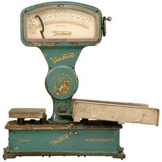 Superior original vintage French mercantile (market) scale by Duchesne, this series D is in great condition especially for its age. The brilliant bluish aqua color offers an outstanding contrast to the gold lettering and decorations. Modern Industrial Furniture, Industrial Style, Old Scales, Weight Scale, Antique Bottles, Farmhouse Chic, Old Antiques, Vintage Kitchen, French Vintage