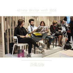 Schiena a pezzi Suole consumate. E TANTE IDEE E NUOVE SOLUZIONI PER I VOSTRI PROGETTI D'ARREDO!  CARICHI!  e domani seguiteci in diretta dal #fuorisalone  #milanodesignweek2016 #designer #interiordesigner #piacenza #rizziteam #rizzifamily  Salone del Mobile.Milano - http://ift.tt/1FeLg8p