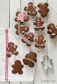 ... gingerbread cookies ...