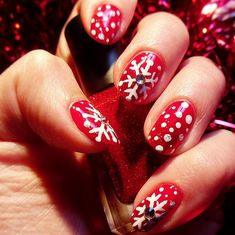 Christmas nail art designs are best in their outlook. You must adopt these style to look beautiful and amazing. See Candy Stripe Nails Art, Stocking Inspired Nails, and Snowflake Nail Art Design 2108 for this Christmas. Cute Nail Art Designs, Holiday Nail Art, Christmas Nail Art Designs, Winter Nail Art, Winter Nail Designs, Simple Nail Designs, Winter Nails, Christmas Nails, Merry Christmas