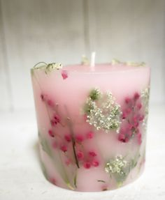 The use of candles for light and heat is known to have existed in ancient times. The remains of candles have been found in the caves of France. Candle Art, Candle Shop, Candle Lanterns, Homemade Candles, Diy Candles, Scented Candles, Candle Making Business, Candle Making Supplies, Candlemaking