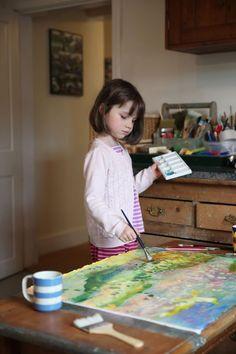Девочка-аутист рисует великолепные картины и учит других радоваться жизни (26 фото)