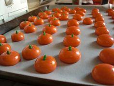 DIY mellowcreme pumpkin candy corn