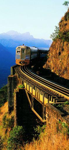 Railroad Curitiba-Paranaguá, Paraná - Brazil / Estrada de Ferro Curitiba-Paranaguá, Paraná - Brasil
