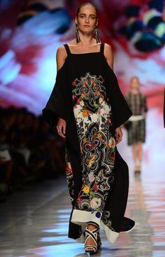 Milan Fashion Week: Etro Spring/Summer 2013