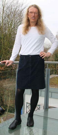 Men in Skirt Mann im Rock | man in skirt - and dresses ...