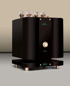 Blue Sapphire KT 150 Reference Integrated amplifier