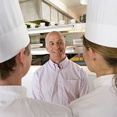 Restaurant Leadership: What Style Do You Use When Managing Restaurant Employees?