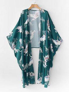 SheIn offers Cranes Print High Low Kimono & more to fit your fashionable needs. Kimono Fashion, Hijab Fashion, Boho Fashion, Girl Fashion, Fashion Outfits, Look Kimono, Kimono Top, Japan Fashion, Fashion 2020