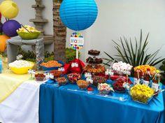 Mesa de botana para fiestas decorada. Casita del detalle en Facebook