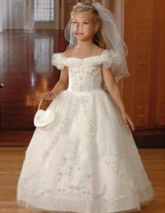 Find white puff sleeves first communion dresses, tulle bubble skirt flower girl dresses, first communion dresses, flower girl dresses at discount prices Girls First Communion Dresses, Holy Communion Dresses, Little Girl Dresses, Flower Girl Dresses, Baby Dresses, Vestidos Color Blanco, Gowns With Sleeves, Puff Sleeves, Short Sleeves