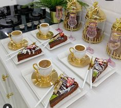 Persian Decor, Coffee Presentation, Party Food Platters, Photographie Portrait Inspiration, Food Decoration, Food Goals, Aesthetic Food, Coffee Drinks, Coffee Time