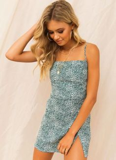 Buy Sarai Dress - Emerald Floral at Peppermayo online now. Browse the latest fashion trends, & more! Cute Website, Mens Sale, Latest Fashion Trends, Tankini, Emerald, Floral Prints, Fashion Outfits, Formal Dresses, Swimwear