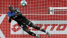 Ligue 1 : Alfred Gomis et Dijon tombent encore à Strasbourg 👉🏾 plus d'infos sur wiwsport.com #Senegal #wiwsport