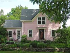 Pink cottage, Castine, Maine